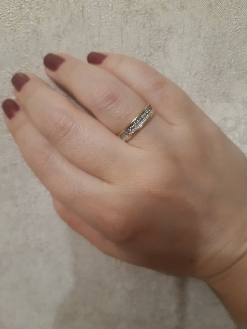 Кольцо с коньячными бриллиантами