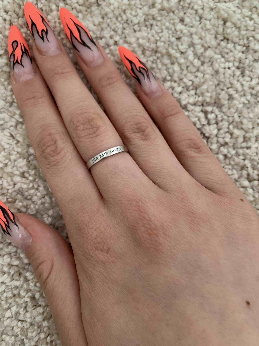 Афигкнное кольцо