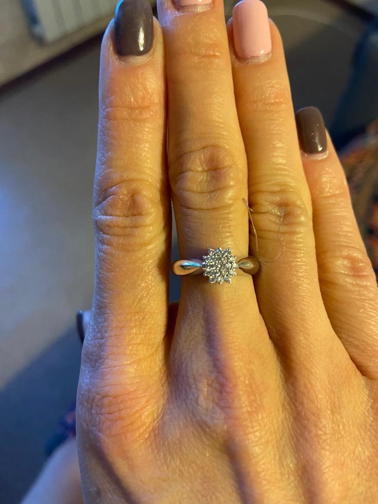 Очень долго засматривалась на кольцо!