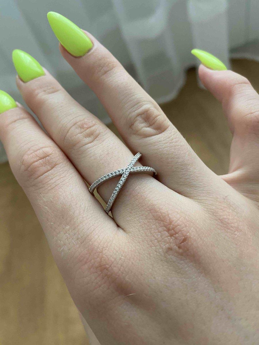 Прекрасное изысканное кольцо!