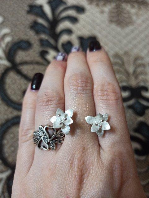 Серьги-цветочки