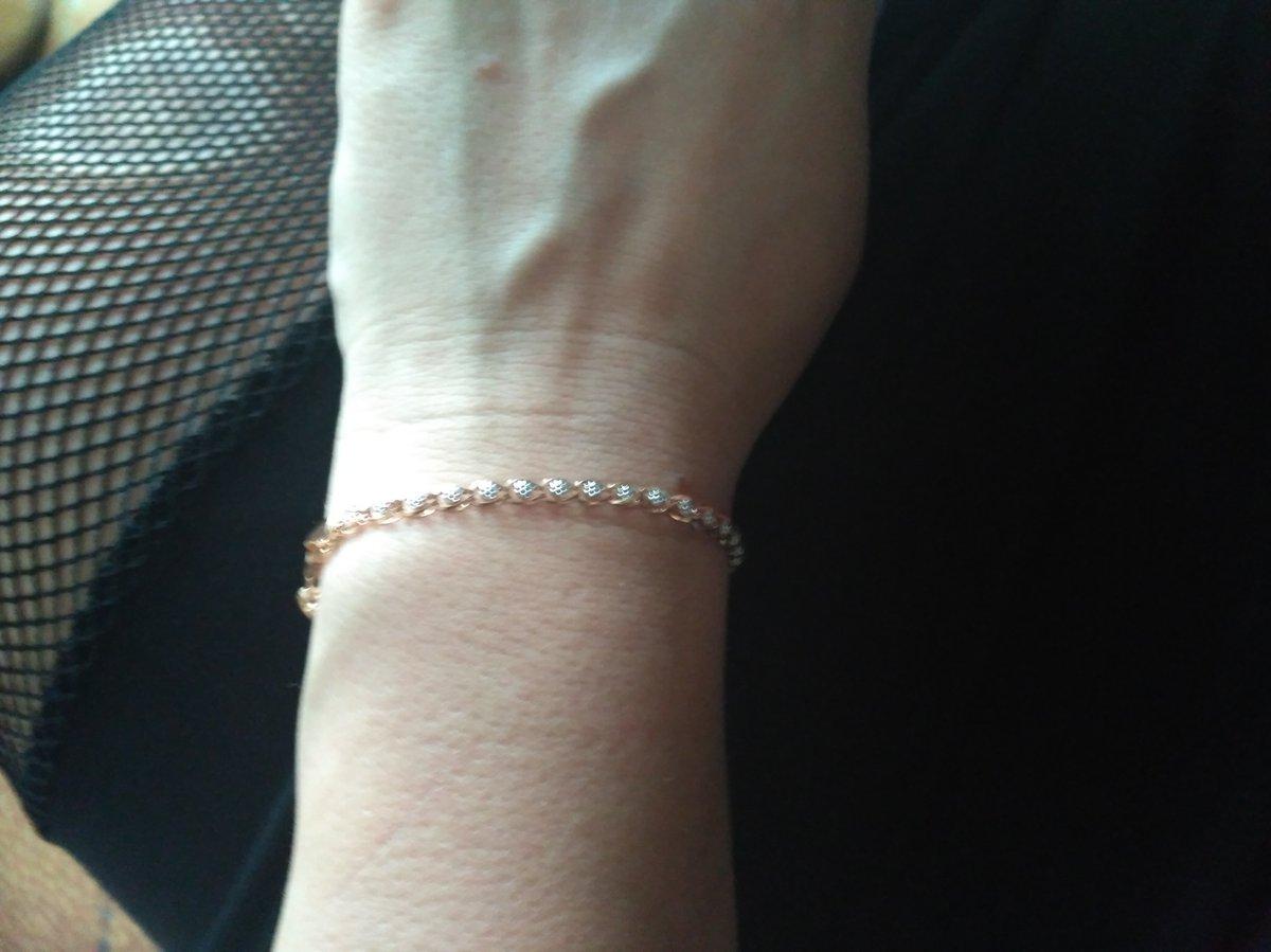 Очень красивый браслет, большое спасибо, хочу купить такую же цепочку