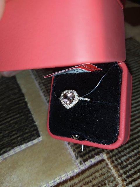 Симпатичное аккуратное кольцо
