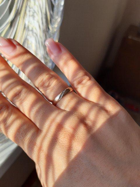 Кольцо очень нежное, красивое!