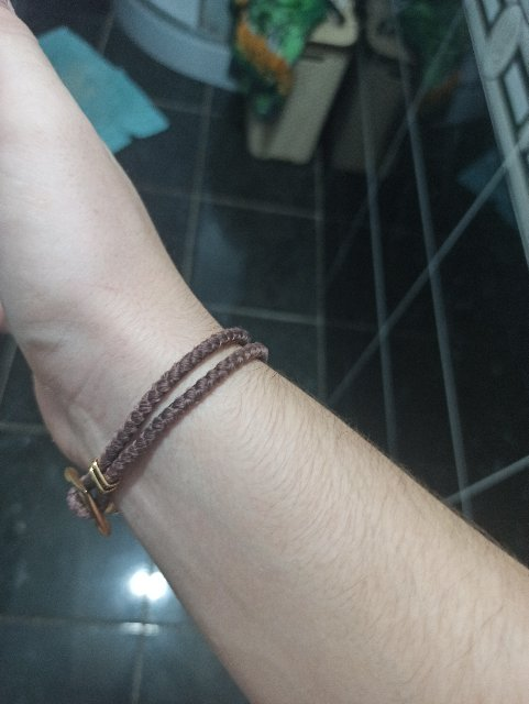 Отличный браслет, ношу не снимая несколько месяцев.