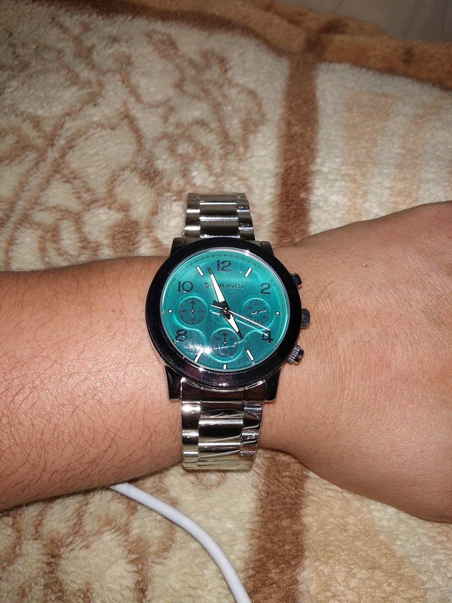 Часы на руку...