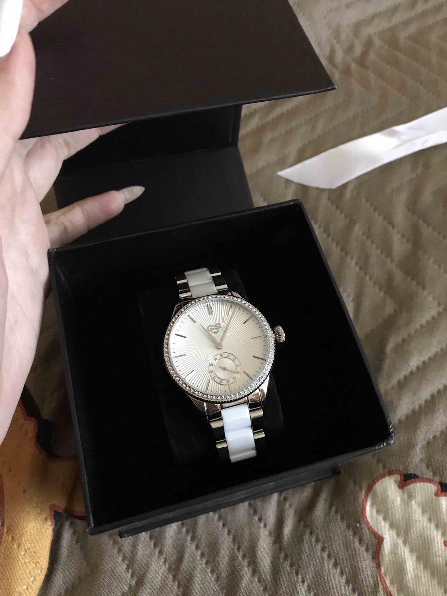 Купила эти часы