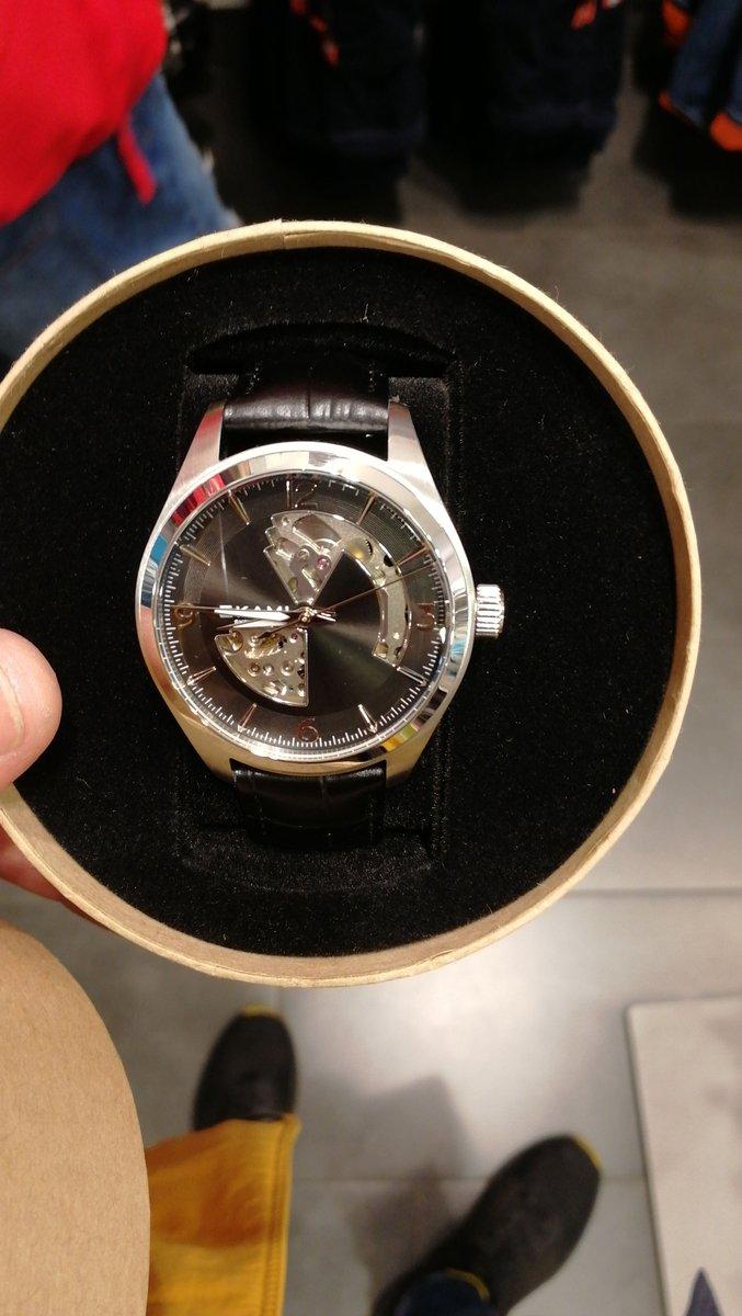 Купил часы в магазине в атмосфере