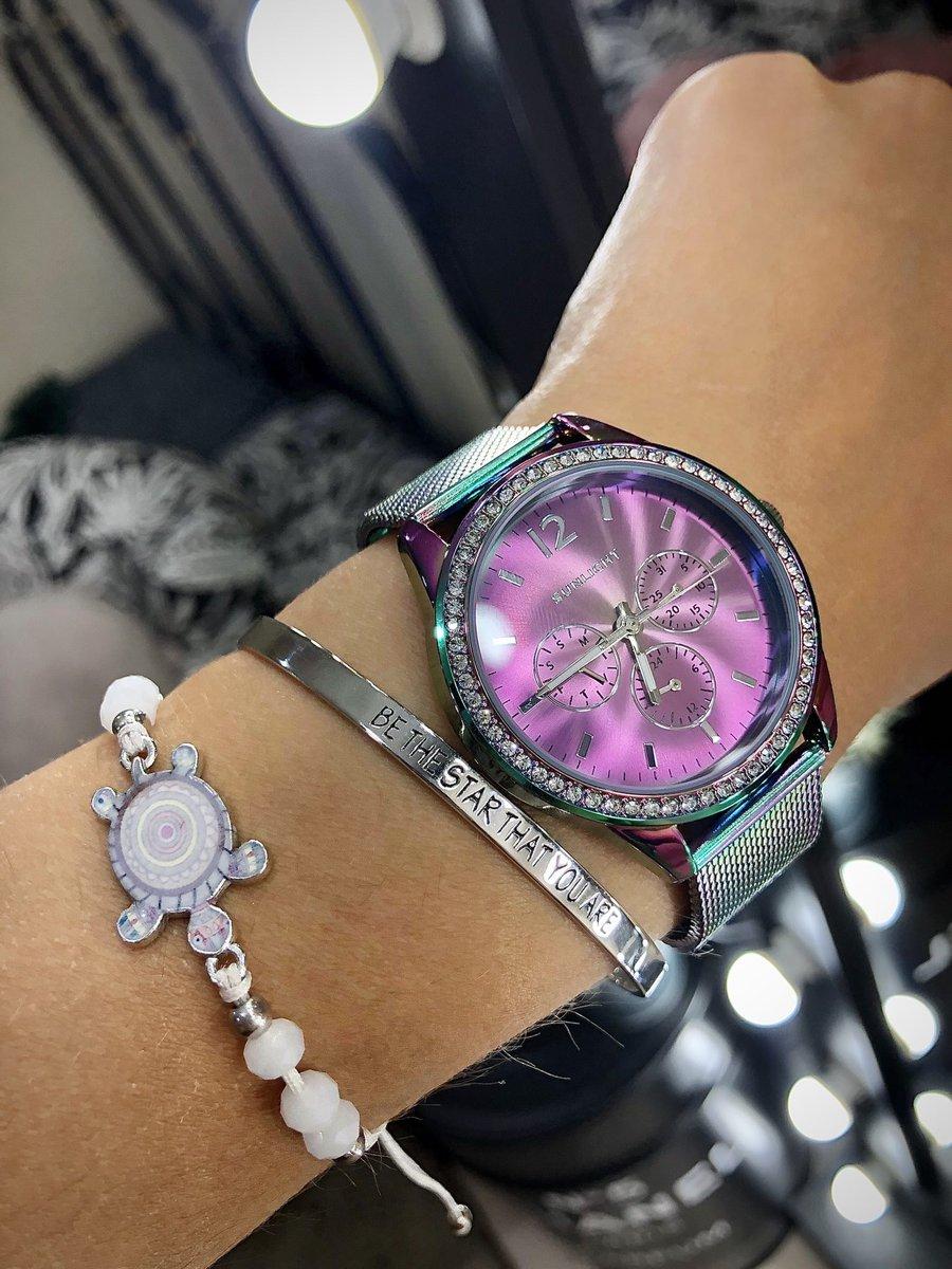 Лаконичный стильный браслет