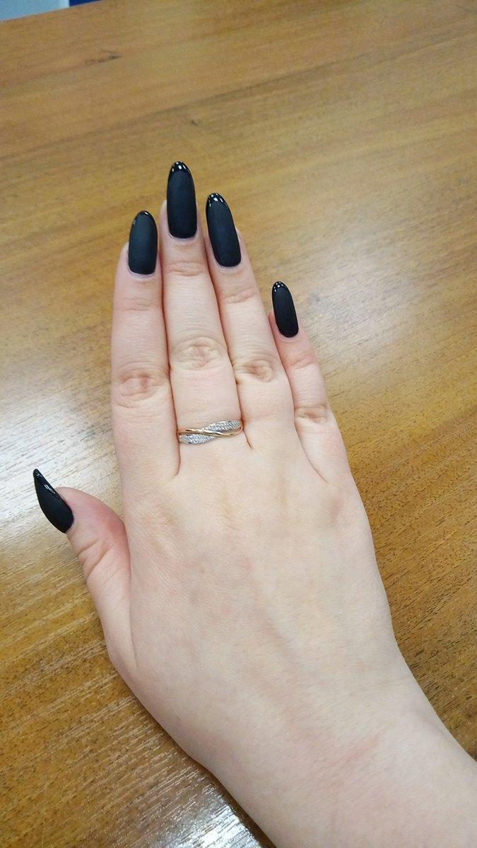 Повседневное кольцо с бриллиантом