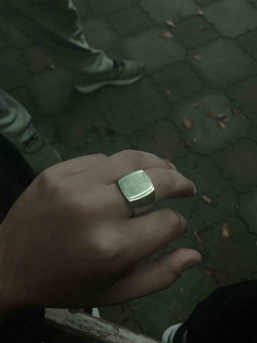 Приобрёл серебрянное кольцо себе в подарок