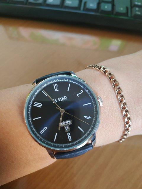 Стильные часы
