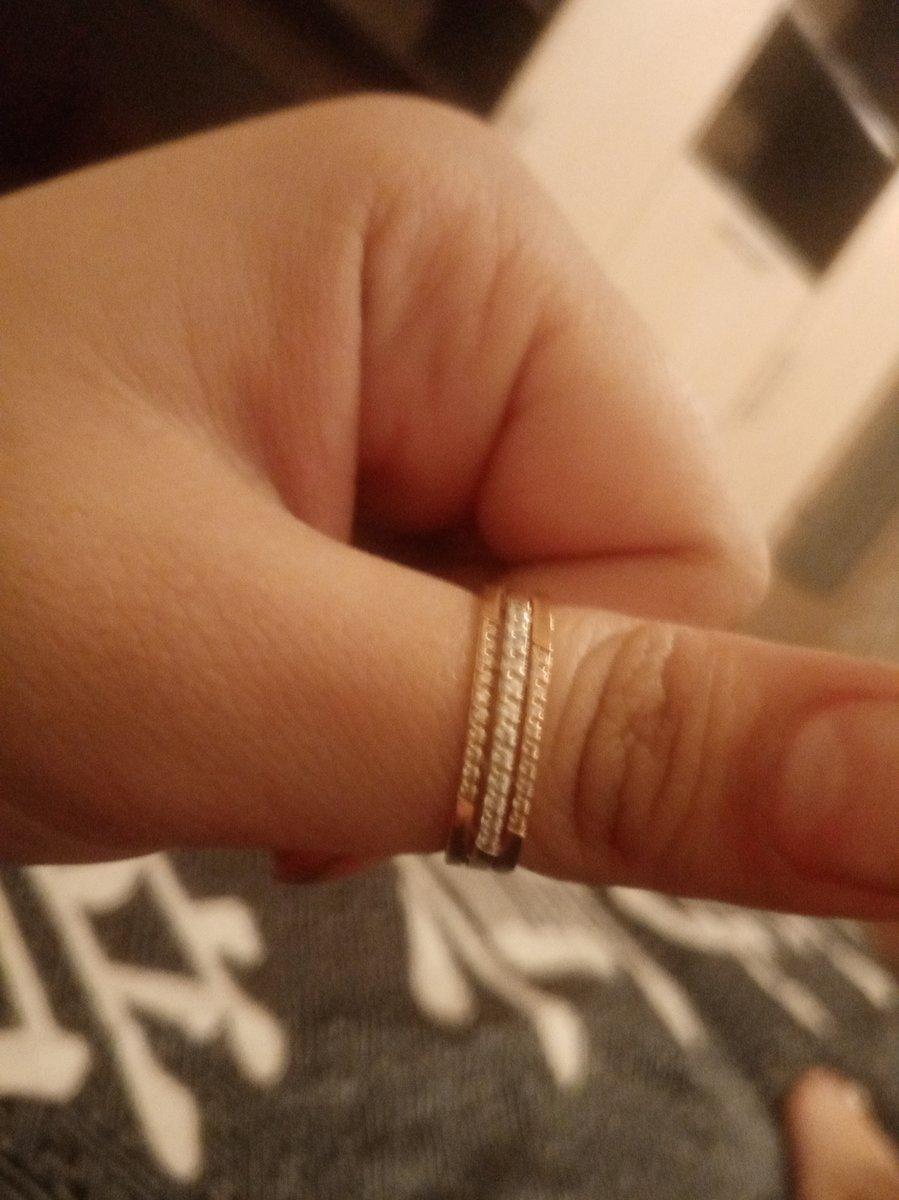 Кольцо потрясающее