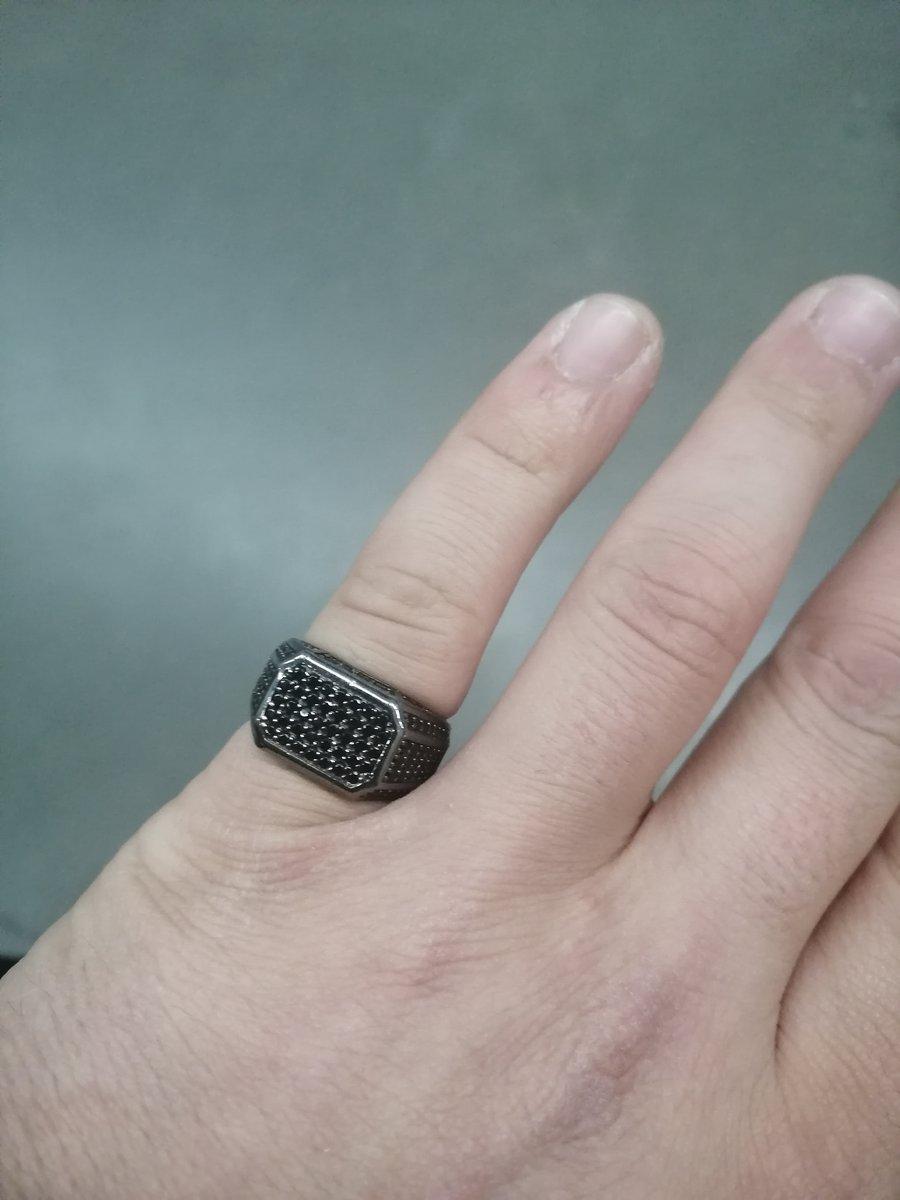 Купил кольцо очень хорошей ювелирной работы