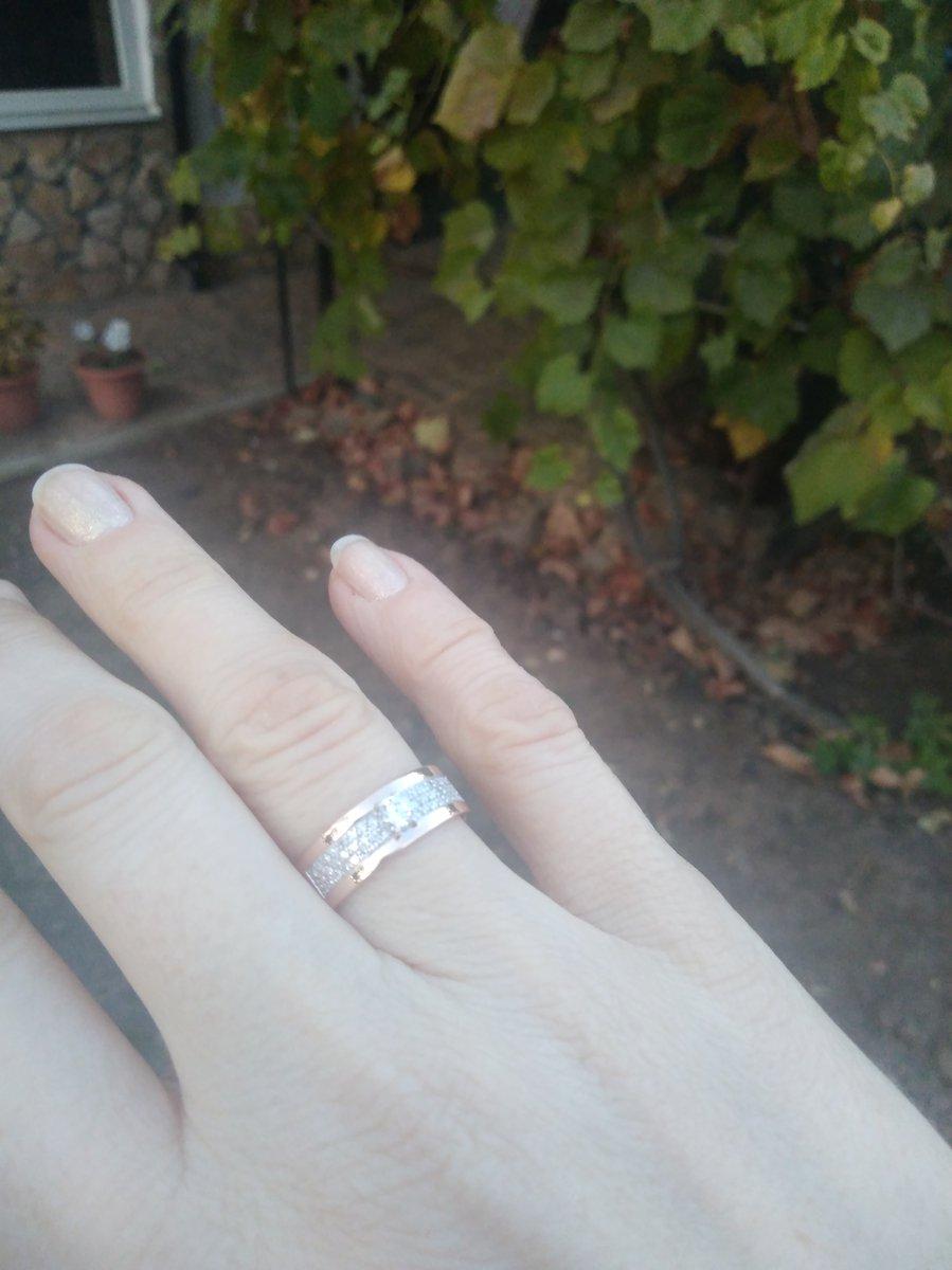 Новое обручальное кольцо