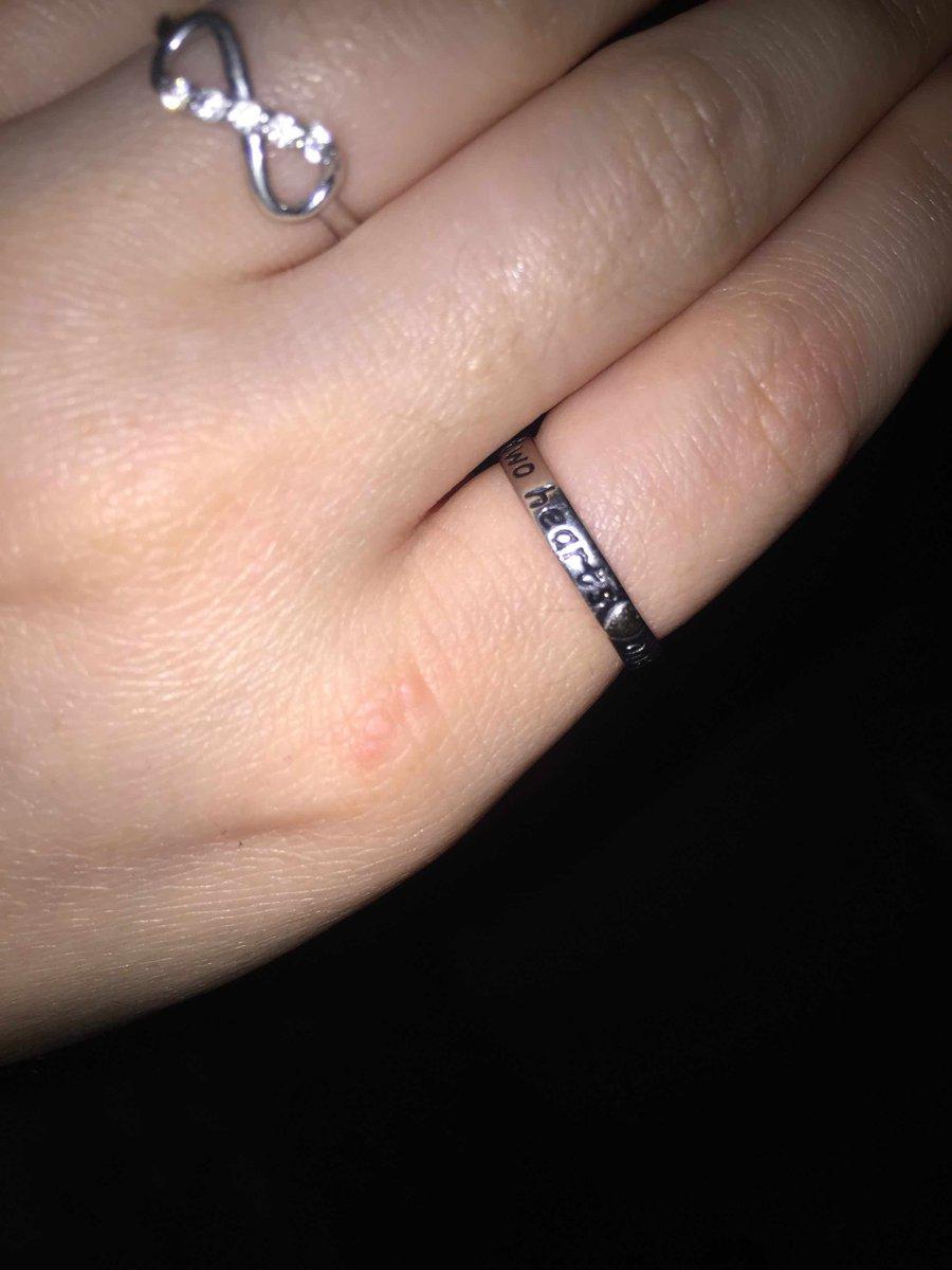 Кольцо с надписем