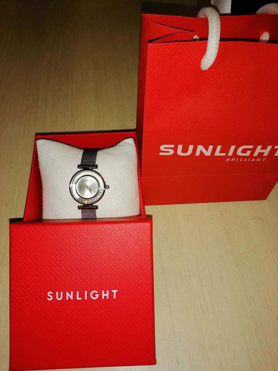 Часы в sunlight