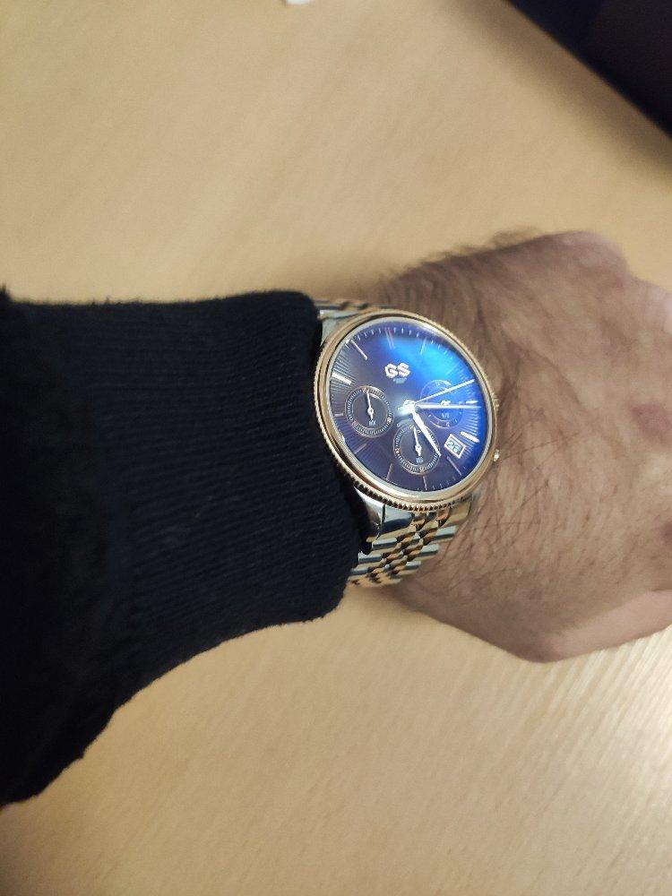 Красивые аккуратные часы