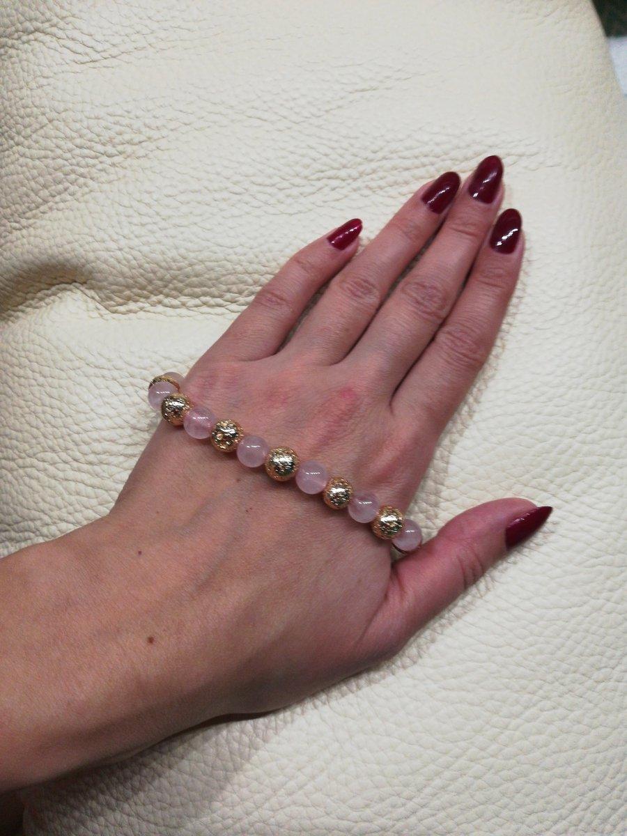 Розовый браслет!!!