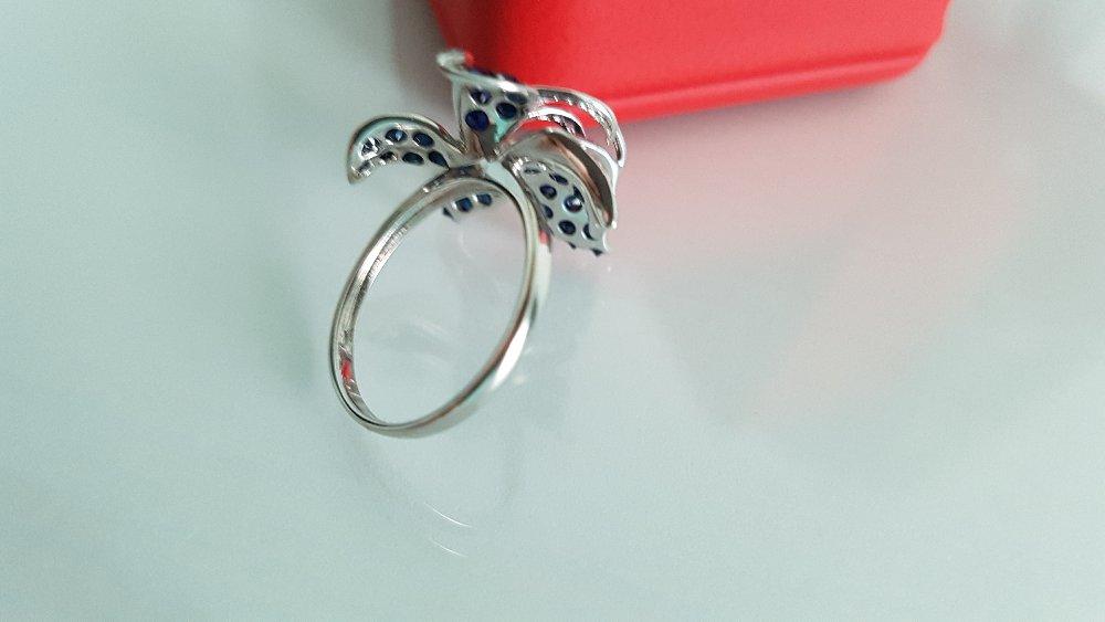 Кольцо конечно красивое, но очень тонкое
