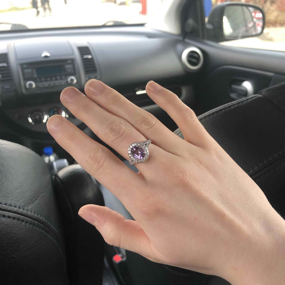 Потрясающие кольцо с аметистом