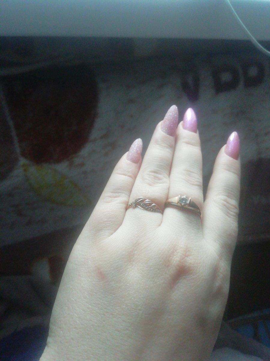 Обалденное кольцо! 🥰🥰 очень симпатично смотрится на руке!