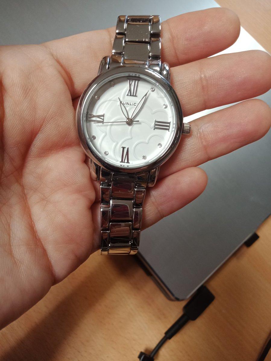 Часы хороший, качественные и красивые