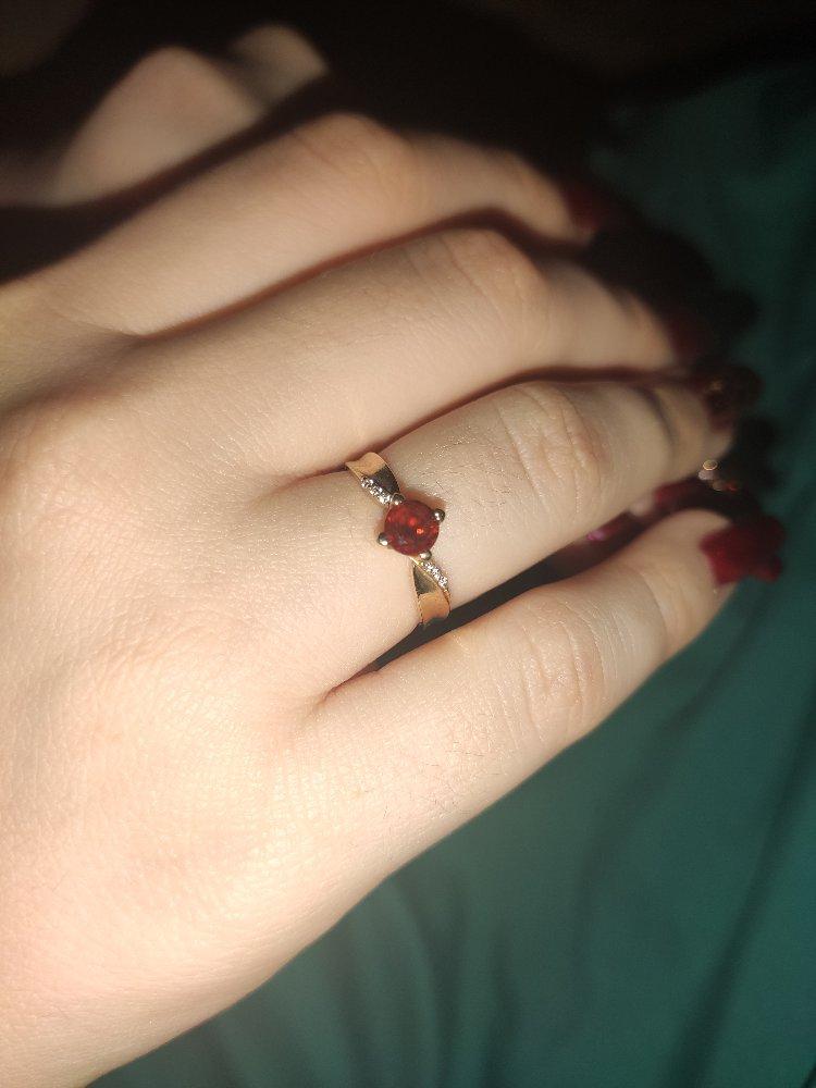 Кольцо на помолвку