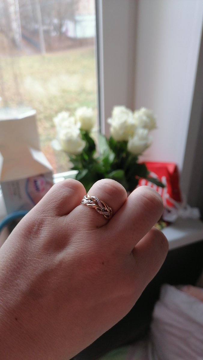 Очень красивое кольцо, супер.
