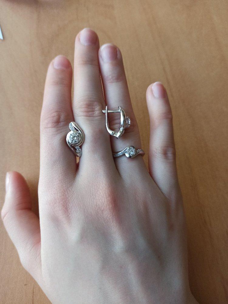 Моя маленькая мечта, найти серьги к помолвочному кольцу, сбылась!♥️