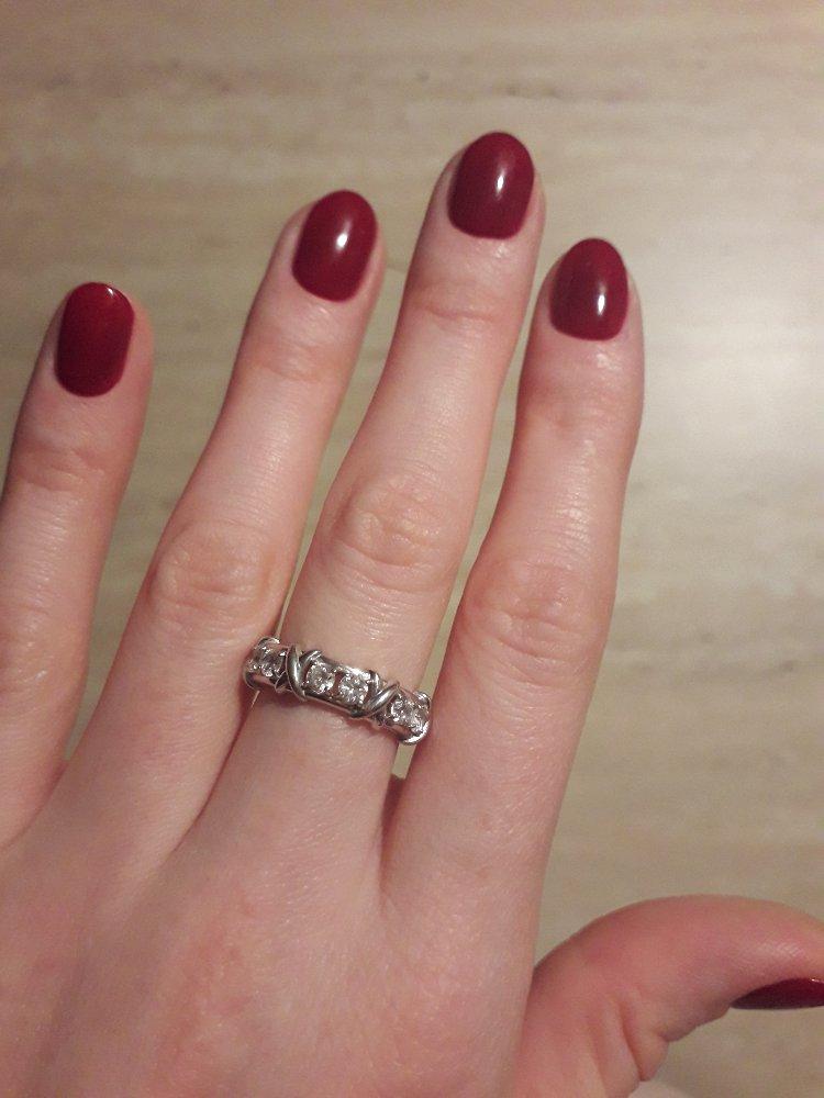 Очень стильное кольцо.подходит для повседневной носки и на вечер