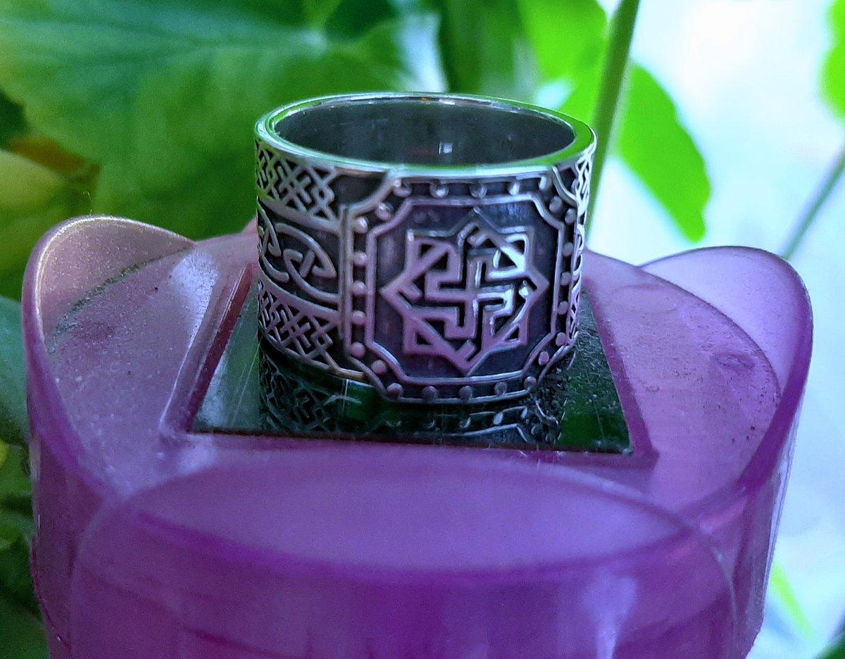 "Серебряное кольцо-оберег ""валькирия в солнце"""