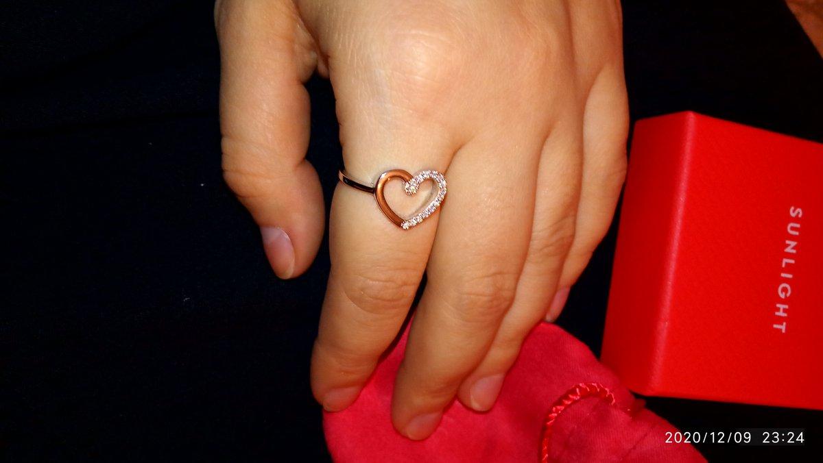 Кольцо сердечко с фианитами!
