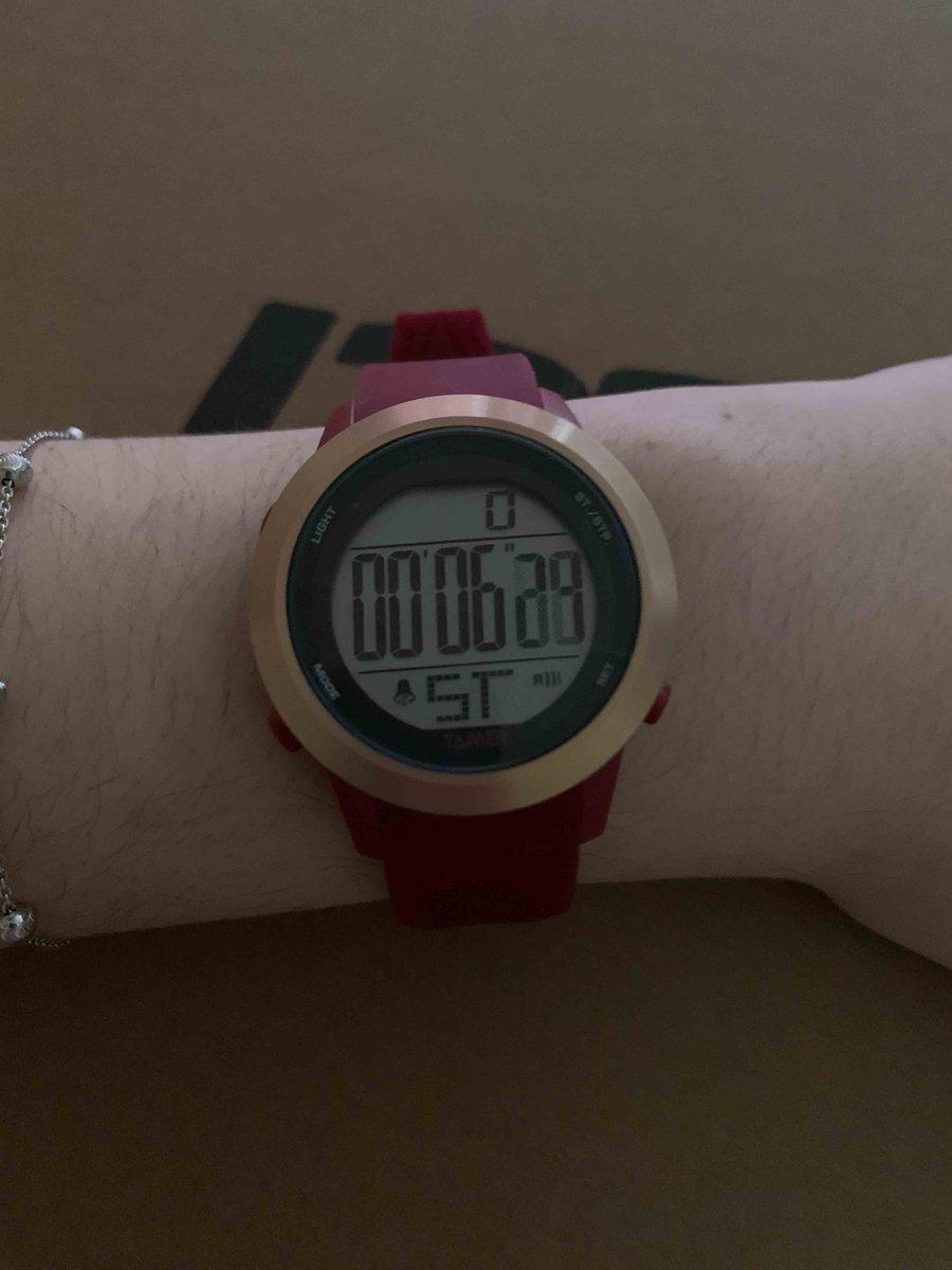 Часы женские, на силиконовом ремешке