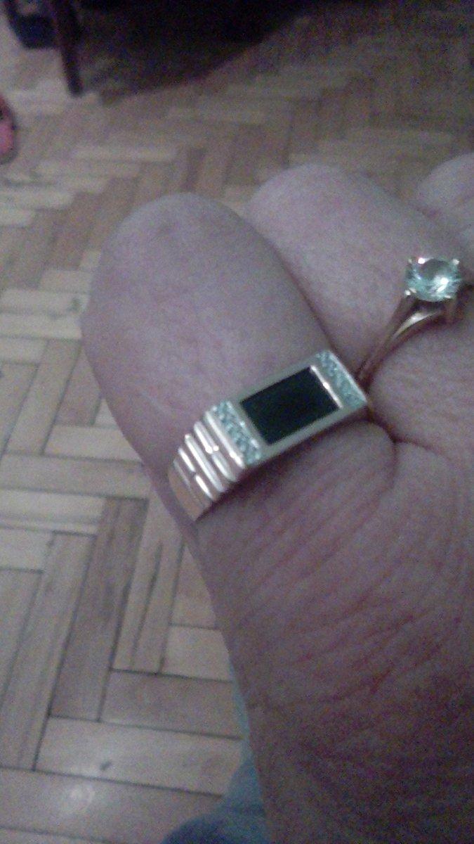 Кольцо мужу в подарок