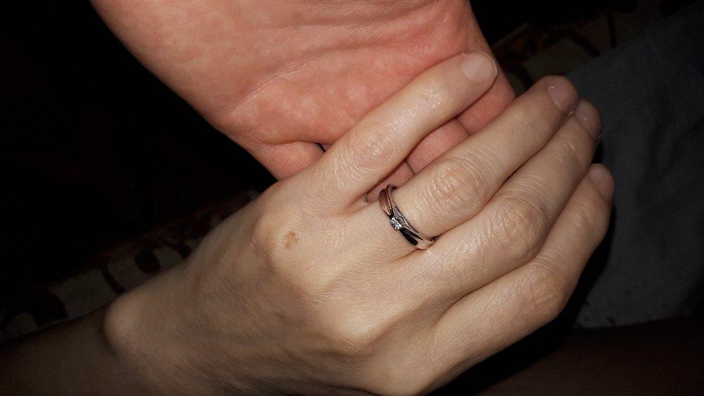 Кольцо   просто  супер.  сделали  подарок  маме 😘