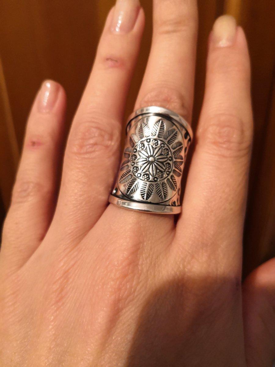 Шикарное кольцо к любому наряду