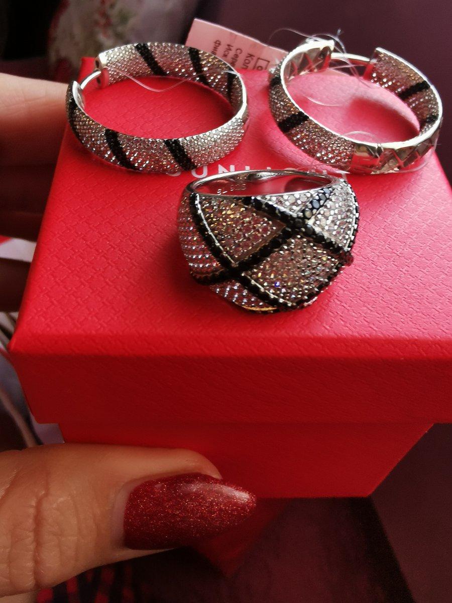 Оригинальное, удобное и красивое кольцо.