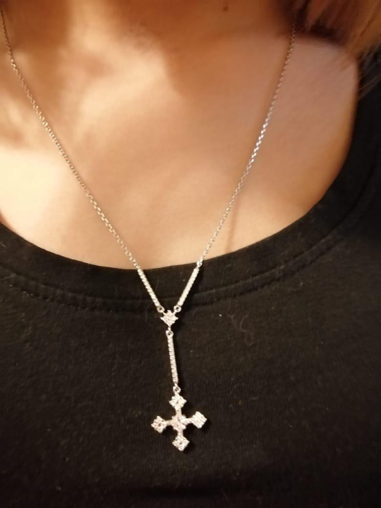 Колье с крестиком