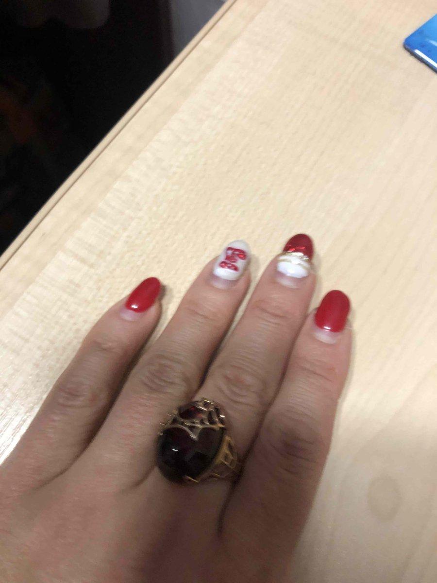 Мне очень понравилась покупка, кольцо великолепное!!!