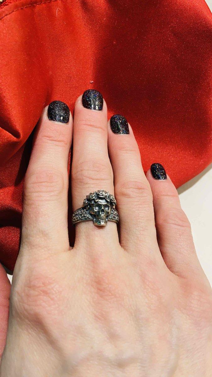 Серебряное кольцо 🔥