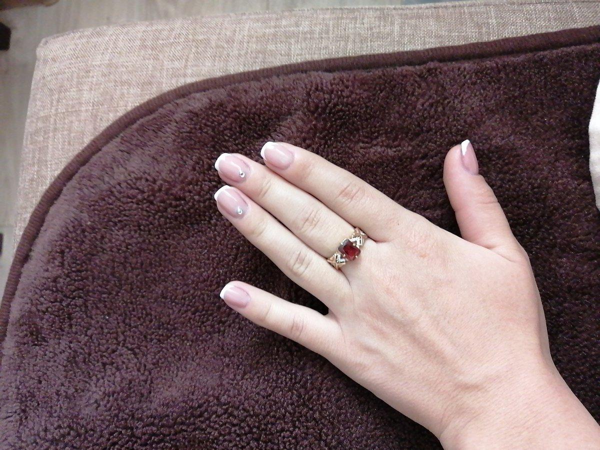 Очень красиво смотрится на пальце