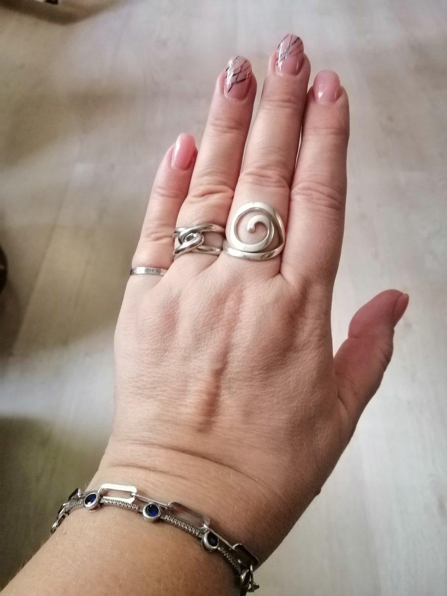 Кольцо с мотивом