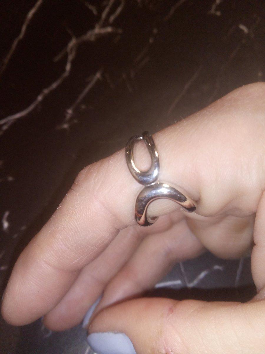 Кольцо оригинальное!