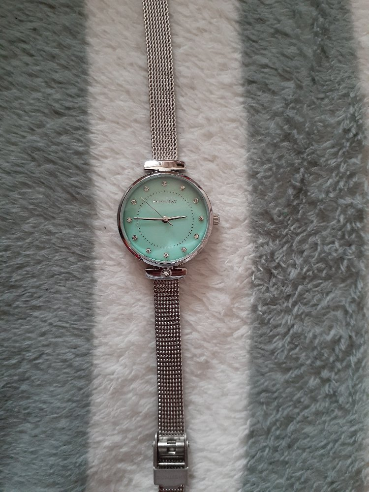 Часы просто прелесть)