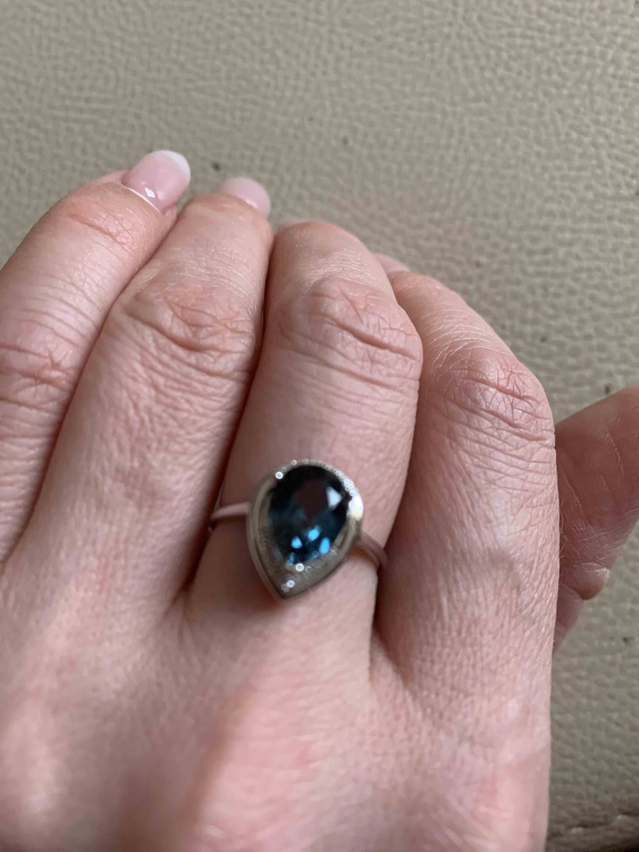 Кольцо с лондон топазом и бриллиантами
