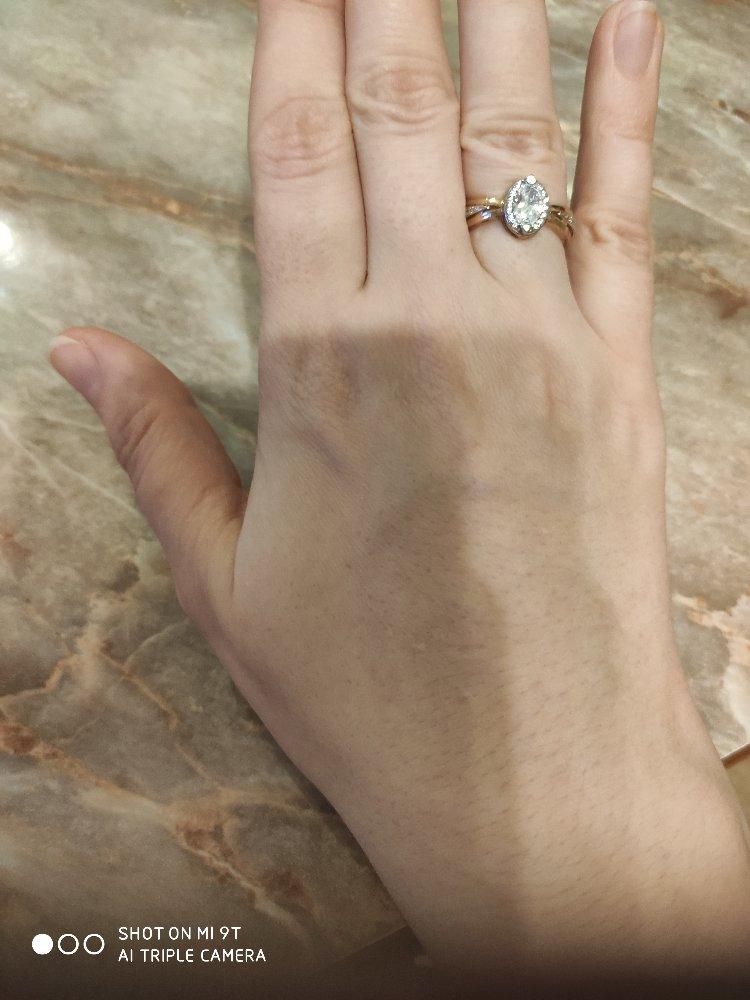 Кольцо просто прелесть.