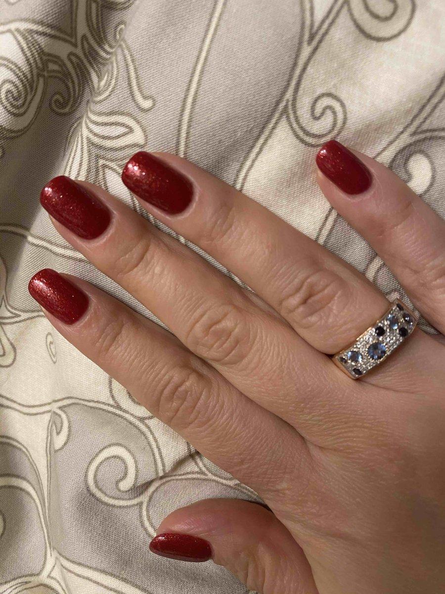 Заметное, индивидуальное кольцо, не требующее сопровождения!)