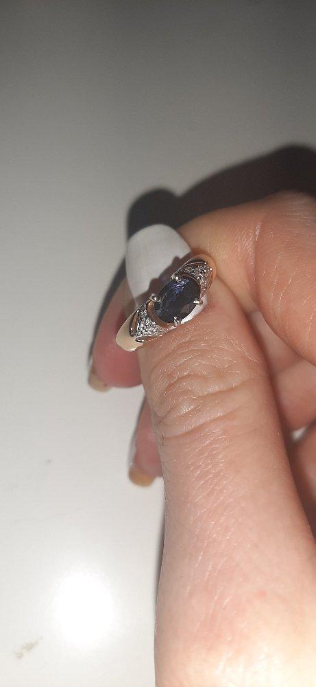 Кольцо с натуральным сапфиром и бриллиантами