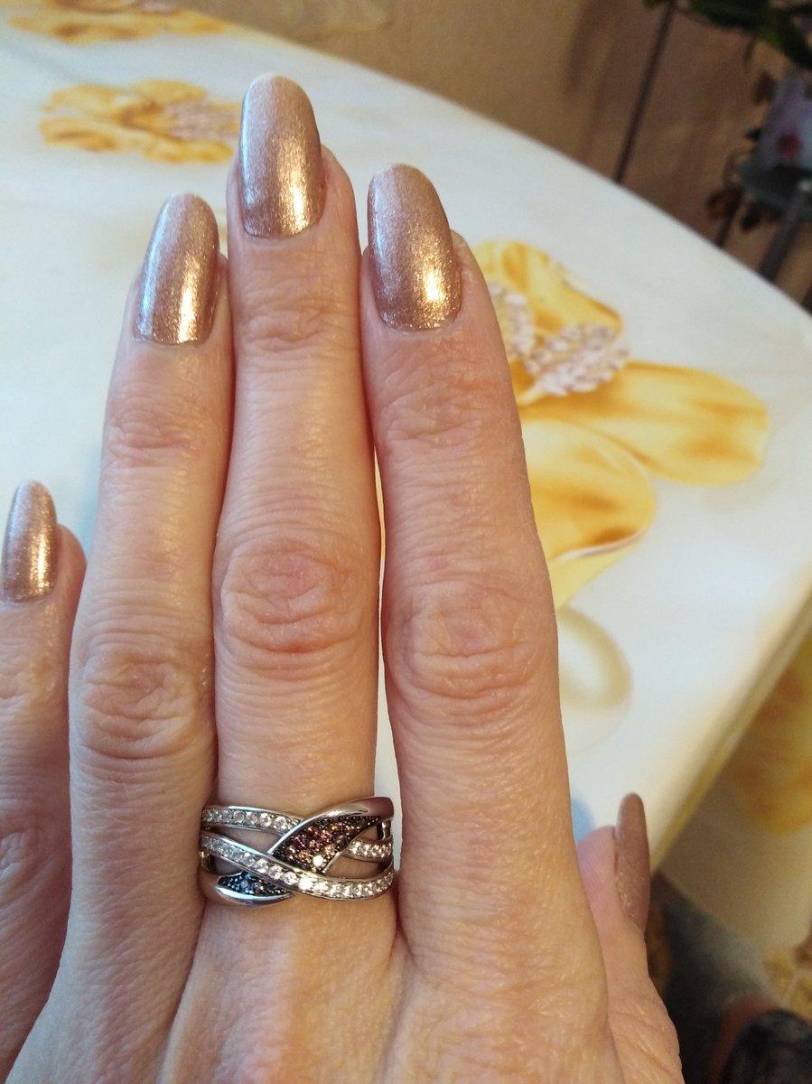 Просто нереальное кольцо!